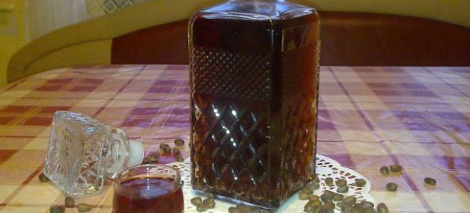 7 отличных рецептов настойки на кедровых орешках