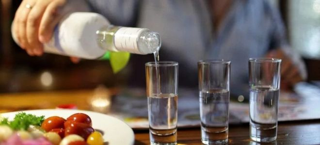Как правильно пить водку