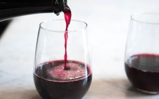 Итальянское игристое вино Ламбруско (Lambrusco)