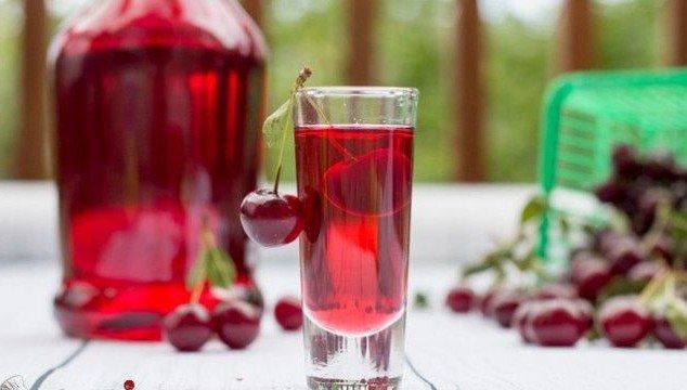 Рецепт самогона на вишне