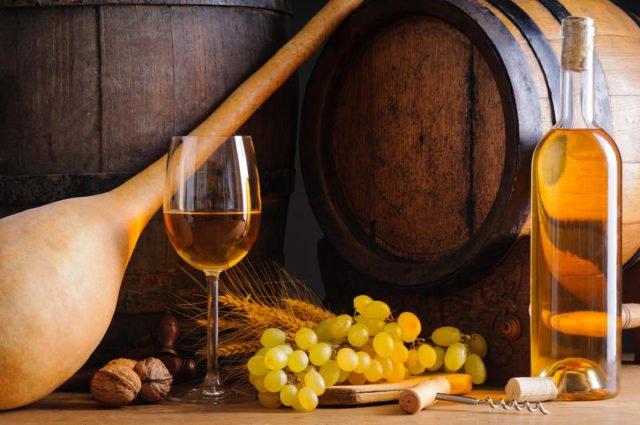 domashnee-vinogradnoe-vino-prigotovlenie