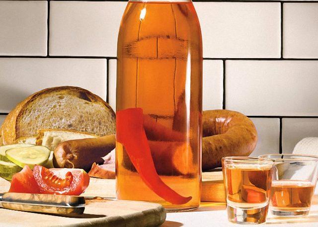 Как сделать медовую с перцем из самогона