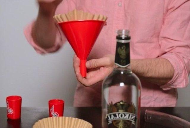 Как сделать качественную водку из спирта в домашних условиях
