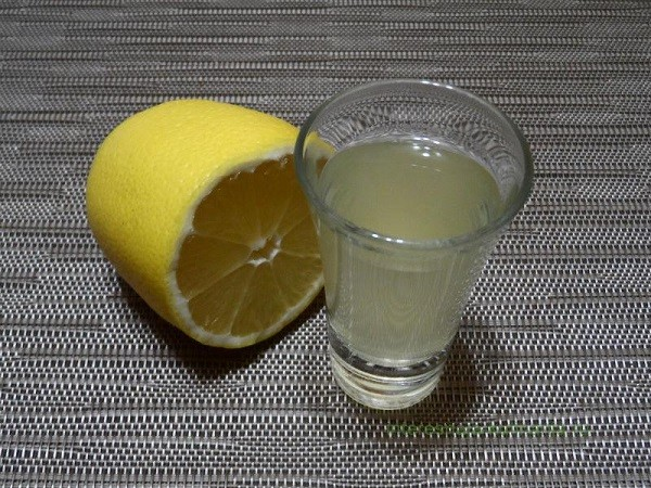 Лимонная водка в домашних условиях