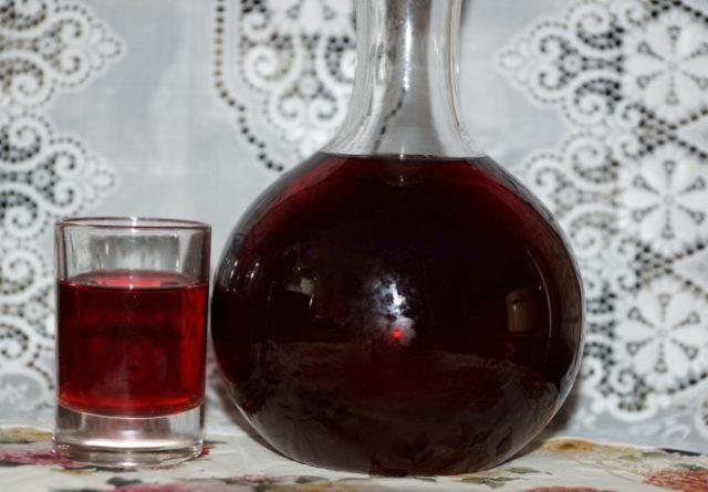 Как сделать настойку из вишни на спирту