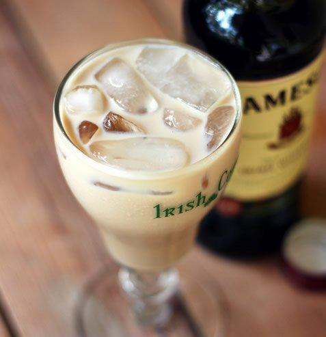 яичный коктейль с алкоголем