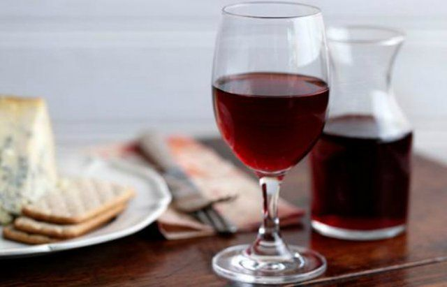 Простой рецепт приготовления вина из винограда в домашних условиях