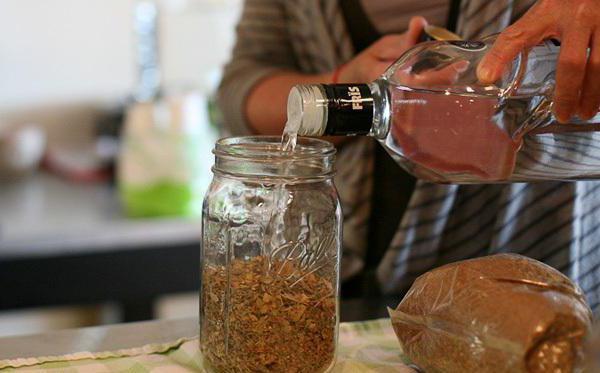 Рецепты приготовления коньяка в домашних условиях из спирта