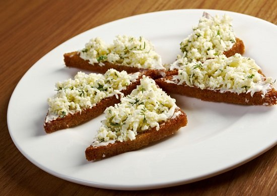 бутерброды с сырной закуской