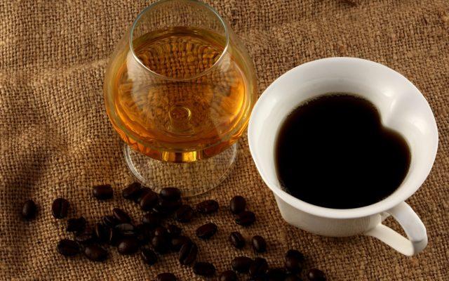 С чашечкой кофе