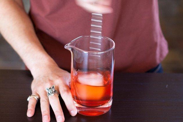 смешивание в стакане