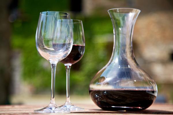 Вино в графине
