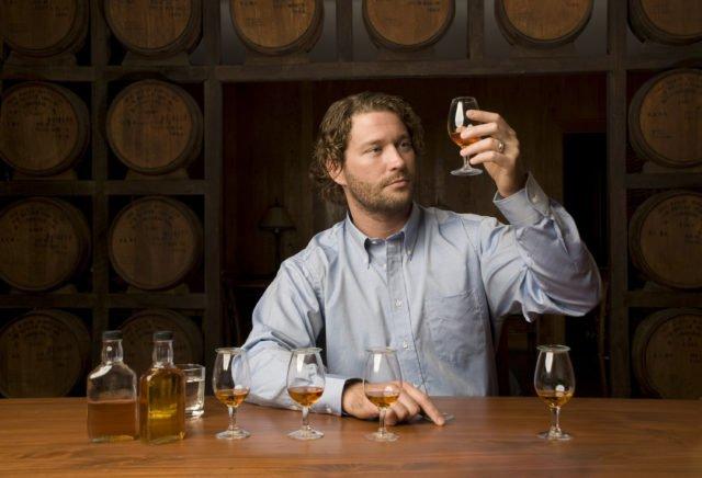 распитие виски одному