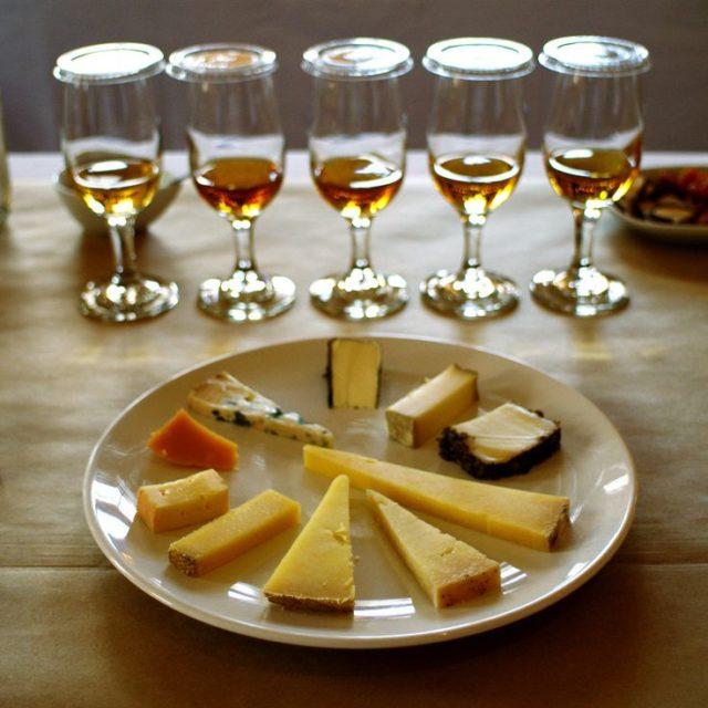 виски с сырами