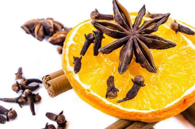 гвоздика и апельсин