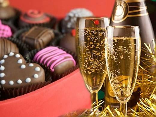 шампанское и сладости