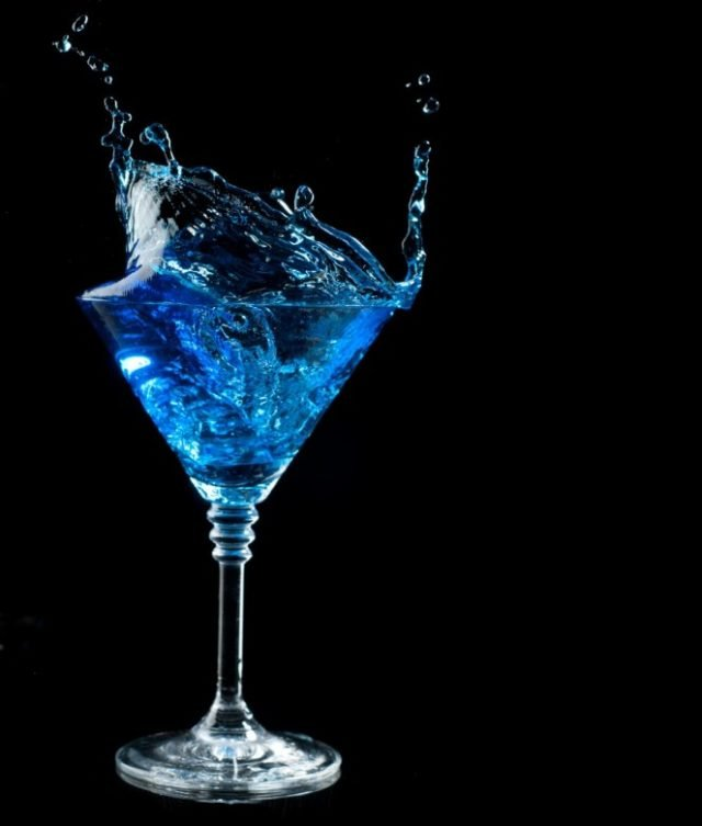 Синие брызги