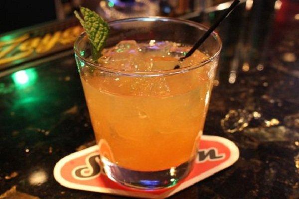 коктейль 5th Avenue