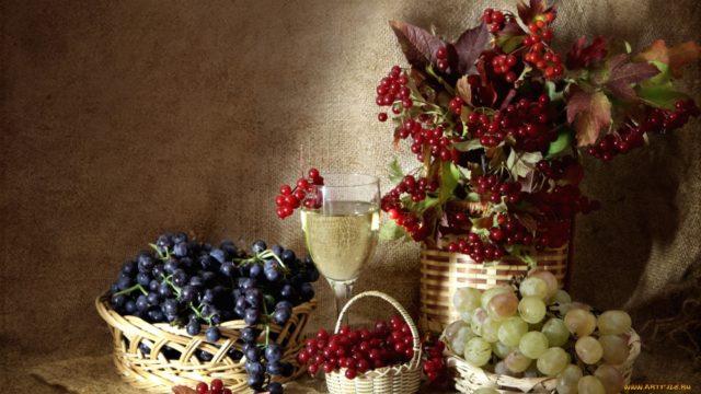 виноградное вино и калина