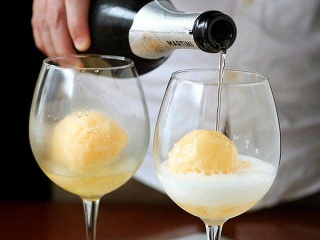 шампанское и мороженое