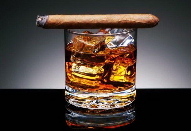 стакан и сигара