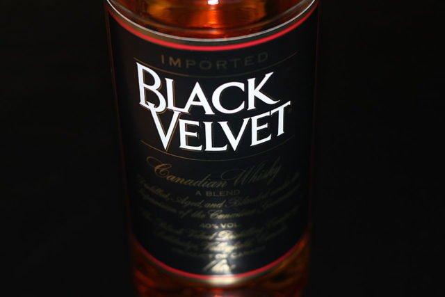 виски Блэк Вельвет