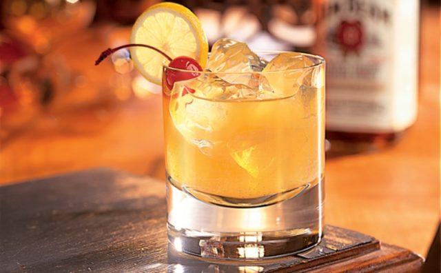 коктейль Виски сауэр