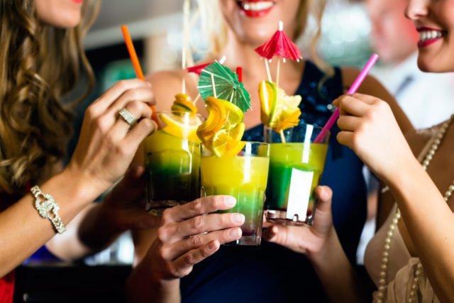 Распитие коктейлей