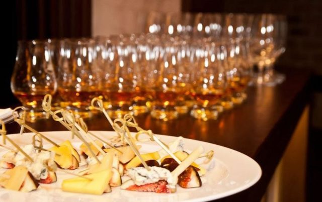 Чем закусывать виски