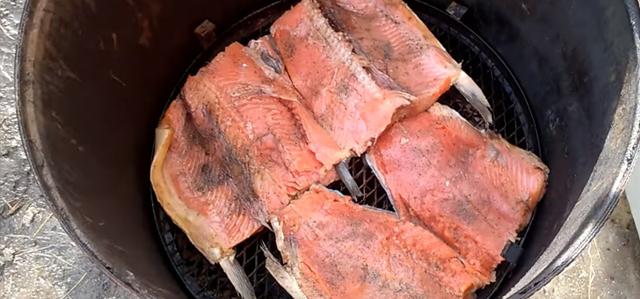 Копченая чавыча: рецепт холодного и горячего копчения рыбы