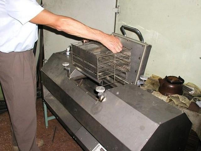 Промышленная коптильня: особенности, конструкция, виды, марки