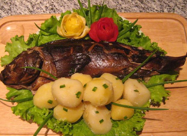 Как коптить рыбу в домашних условиях, простые рецепты